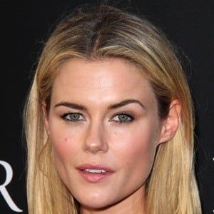 Rachael Taylor 9 of 10