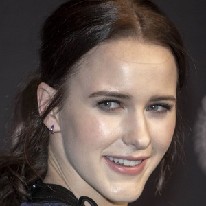 Rachel Brosnahan 2 of 10