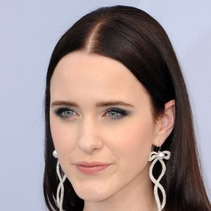 Rachel Brosnahan 4 of 10