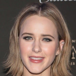 Rachel Brosnahan 9 of 10