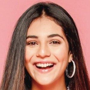 Radhika Seth 3 of 10
