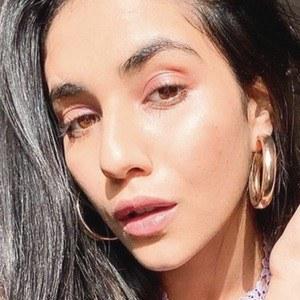 Radhika Seth 8 of 10