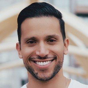 Rafael Avila Headshot 2 of 10