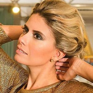 Rafaela Coelho 3 of 5
