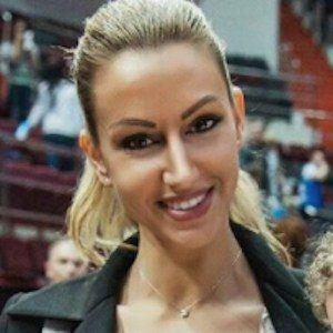 Rafaella Szabo Witsel 5 of 9