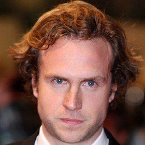 Rafe Spall 3 of 5