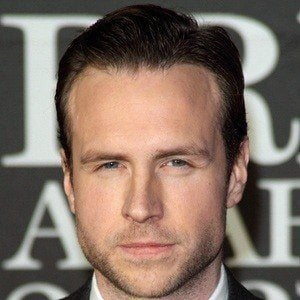Rafe Spall 5 of 5