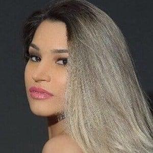 Raissa Barbosa 2 of 4
