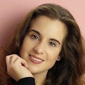 Raquel Graña 2 of 4