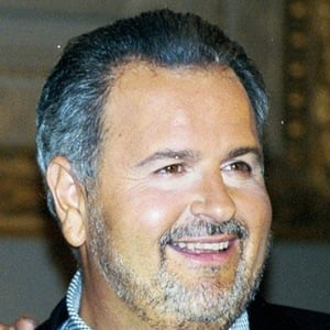 Raúl De Molina Headshot 10 of 10