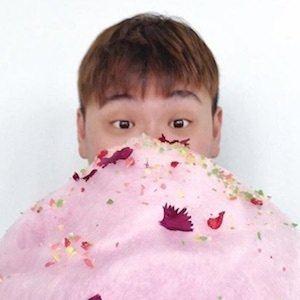Raymond Tan 6 of 8