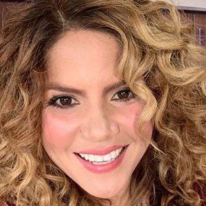 Rebeca Maiellano 2 of 5