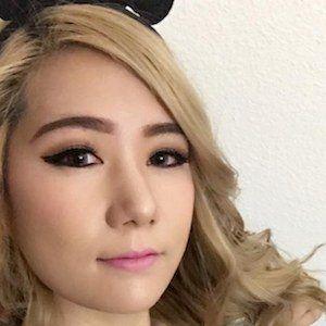 Rebecca Cho 5 of 6