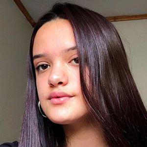 Renata Jara 4 of 5