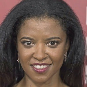 Renee Elise Goldsberry 4 of 8