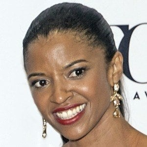 Renee Elise Goldsberry 6 of 8