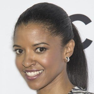Renee Elise Goldsberry 7 of 8