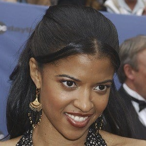 Renee Elise Goldsberry 8 of 8