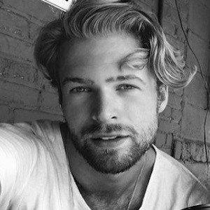 Rhett Wellington 4 of 10