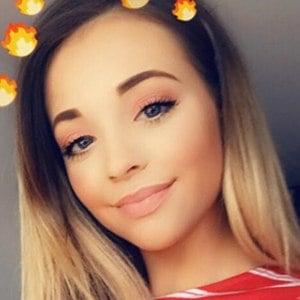 Rhianna Abrey 2 of 6