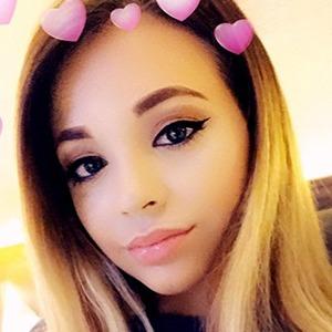 Rhianna Abrey 3 of 6