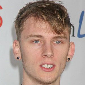 Machine Gun Kelly 3 of 10