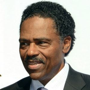 Richard Lawson 3 of 5