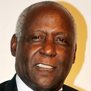 Richard Roundtree 2 of 9