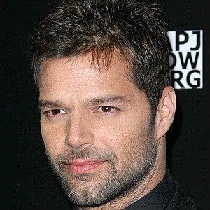 Ricky Martin 4 of 10