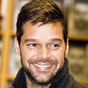 Ricky Martin 5 of 10
