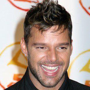 Ricky Martin 9 of 10