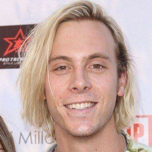 Riker Lynch 5 of 6