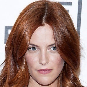 Riley Keough 3 of 8