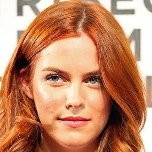 Riley Keough 4 of 8