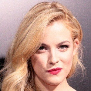 Riley Keough 7 of 8
