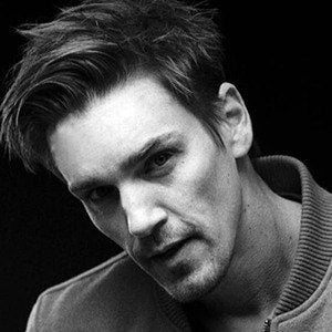 Riley Smith 2 of 6