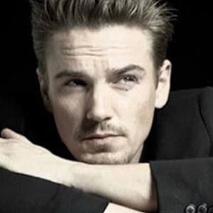 Riley Smith 6 of 6