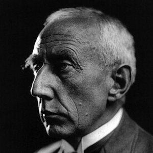 Roald Amundsen 3 of 4