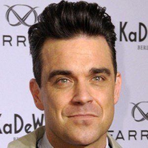 Robbie Williams 4 of 10