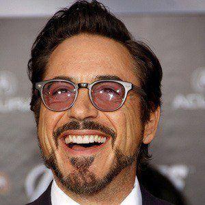 Robert Downey Jr. 4 of 10