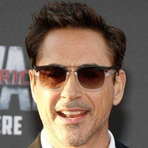 Robert Downey Jr. 7 of 10