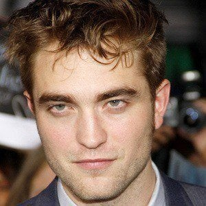 Robert Pattinson 4 of 9