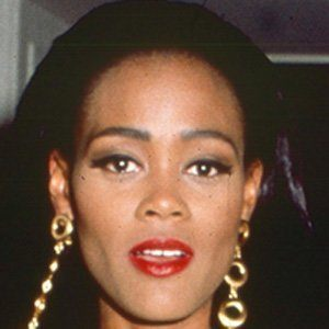 Robin Givens 2 of 5
