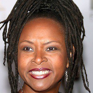 Robin Quivers 4 of 5