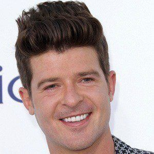 Robin Thicke 2 of 10