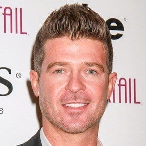 Robin Thicke 7 of 10