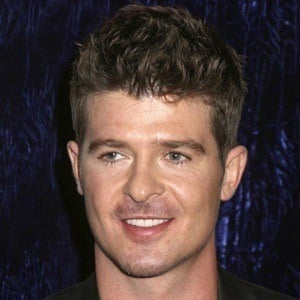 Robin Thicke 9 of 10