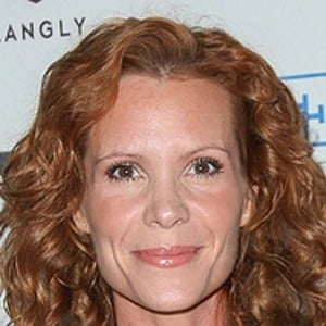 Robyn Lively 7 of 9