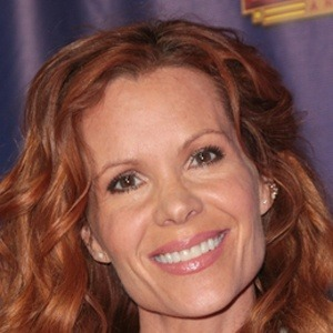 Robyn Lively 8 of 9