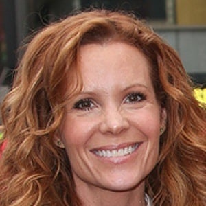 Robyn Lively 9 of 9